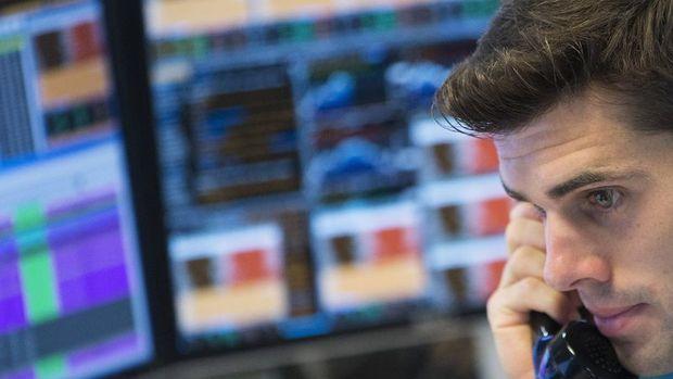 Küresel Piyasalar: ABD hisseleri dalgalandı, dolar ve petrol değer kaybetti