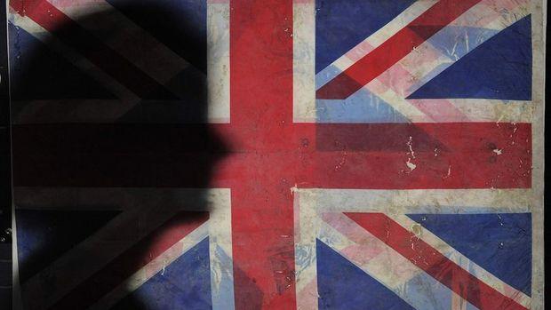 İngiltere'de enflasyon Ağustos'ta tahminleri aştı