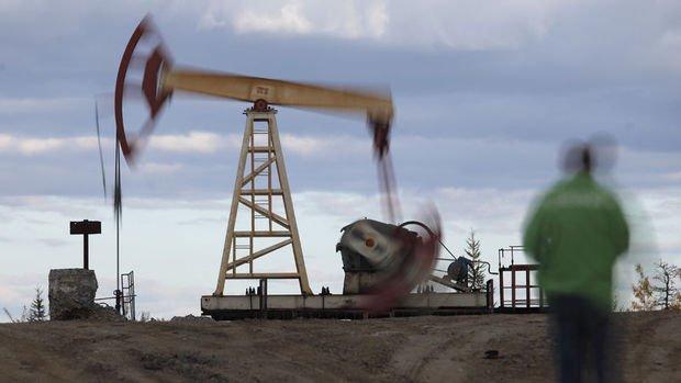 Petrol OPEC'te üretimin artmasıyla düştü