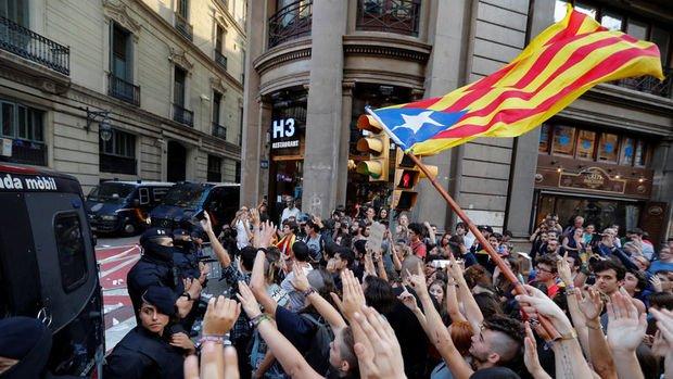 Katalonya'da genel greve gidildi