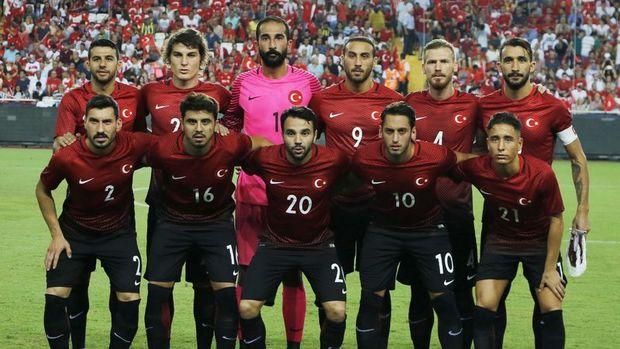 A Milli Futbol Takımı yarın İzlanda'yı konuk ediyor