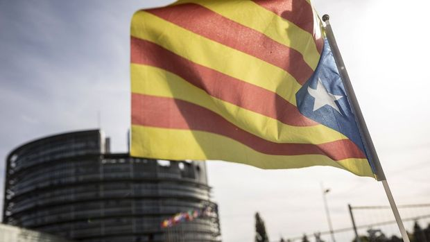 Katalonya bağımsızlık referandumunun kesin sonuçlarını açıkladı