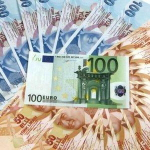 "EURO/TL ""VİZE KRİZİ"" ARDINDAN REKOR KIRDI"