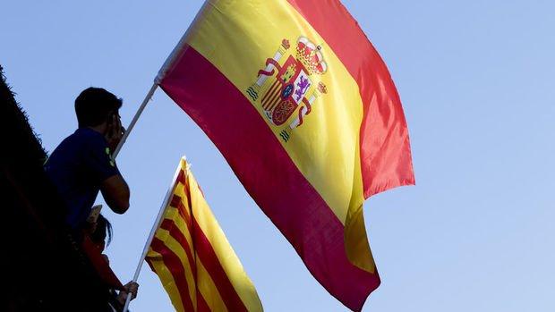 AB'den Katalonya'ya 'bağımsızlık ilan etme' çağrısı