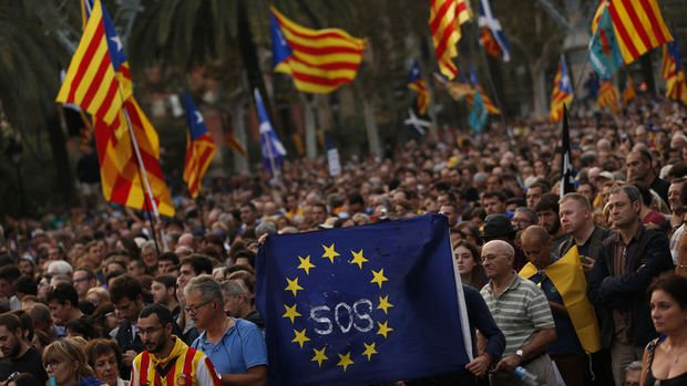 İspanya: Puigdemont'un konuşması