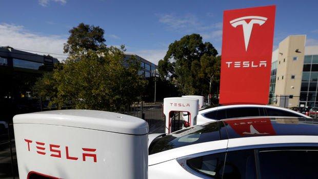Tesla 260 araç üretebilince yüzlerce çalışanın işine son verdi