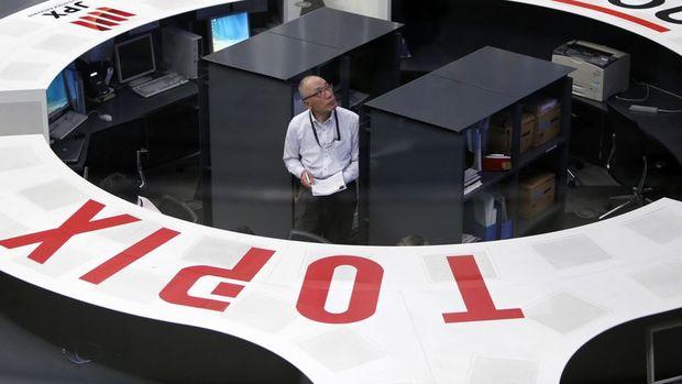 """Japonya hisseleri """"istikrarlı yen"""" ile 7. günde de yükseldi"""