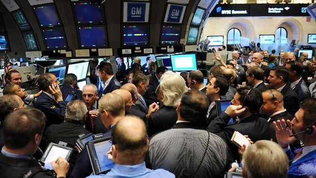 Küresel Piyasalar: Dolar Fed başkanı spekülasyonuyla ralli yaptı, Dow Jones rekor tazeledi