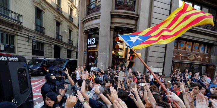 Katalonya cuma günü bağımsızlık ilan etmeye hazırlanıyor