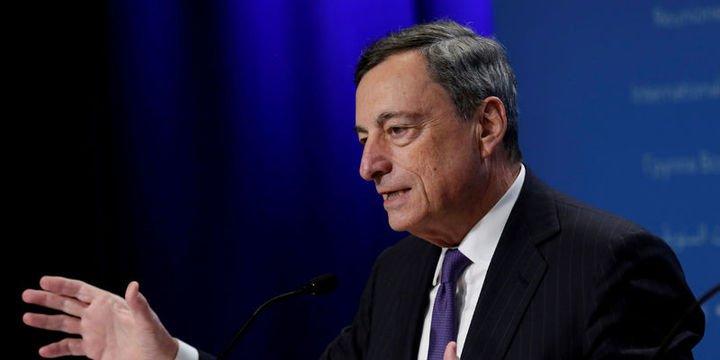 Draghi: AMB kararı oy birliğiyle alınmadı