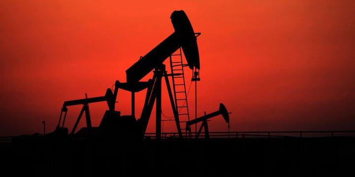 Petrol 2 yılın zirvesi civarında seyrediyor