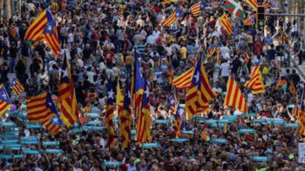 Katalan bakanların korumaları ve şoförleri geri çekildi