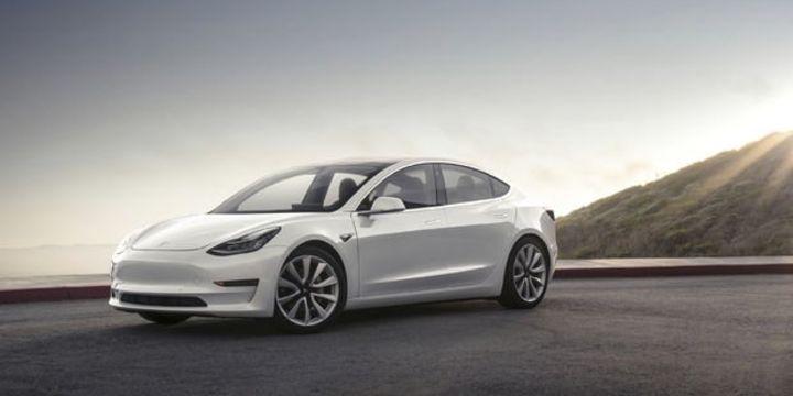 Tesla hisseleri bir ayda yüzde 17 düştü