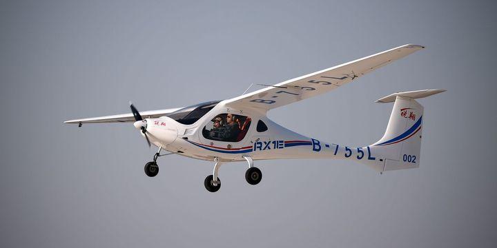 Çin'in elektrikli uçağı ilk uçuşunu yaptı