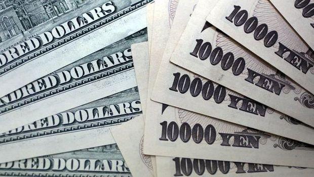 Dolar/yen Japonya hisselerindeki volatilite artışıyla geriledi