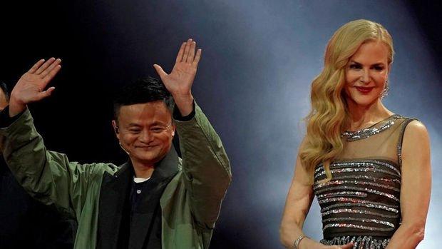 Çin'de alışveriş çılgınlığı! Rekorlar alt üst oldu