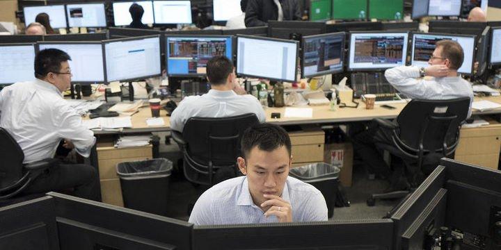 Küresel Piyasalar: Dolar hafifçe gevşerken, hisseler ve tahviller yükseldi