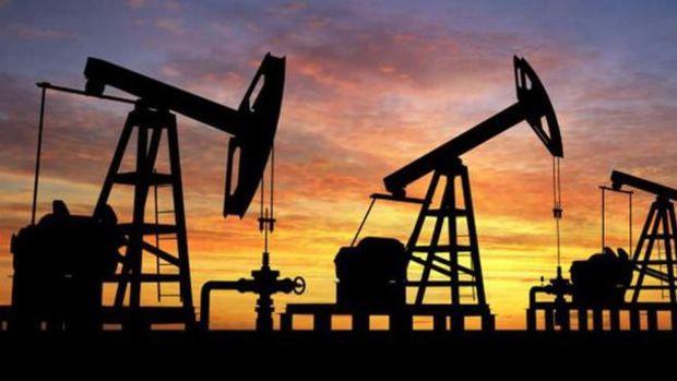 Petrol ABD'de stokların azalmasıyla 58 dolara yakın seyrediyor