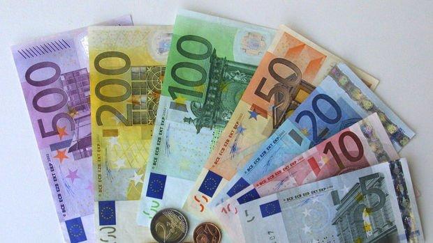 Euro dolar karşısında 6 haftanın zirvesine tırmandı