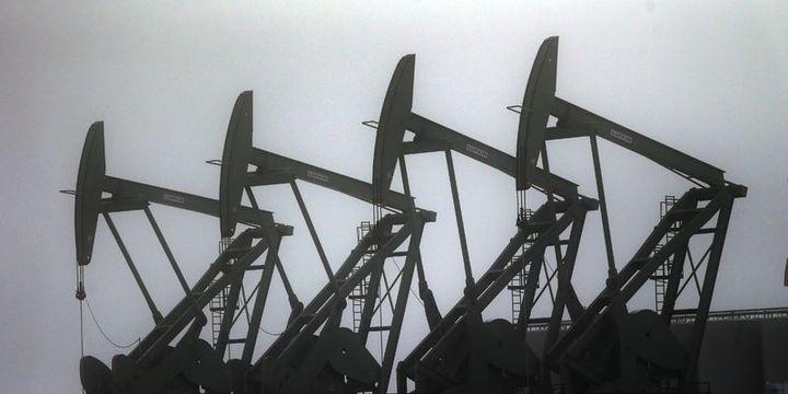 Petrol OPEC toplantısı öncesi düşüşünü sürdürdü
