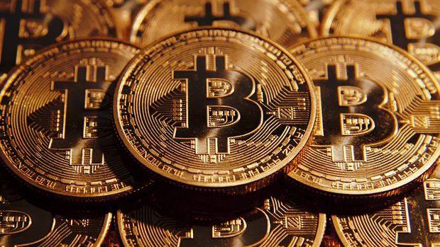Bitcoin'in 10,000 doları aşmasıyla