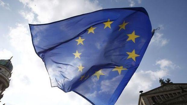 Euro Bölgesi'nde imalat PMI yükselişte