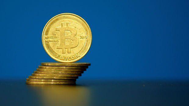 Bitcoin 12 bin doların üzerine çıkarak rekor kırdı