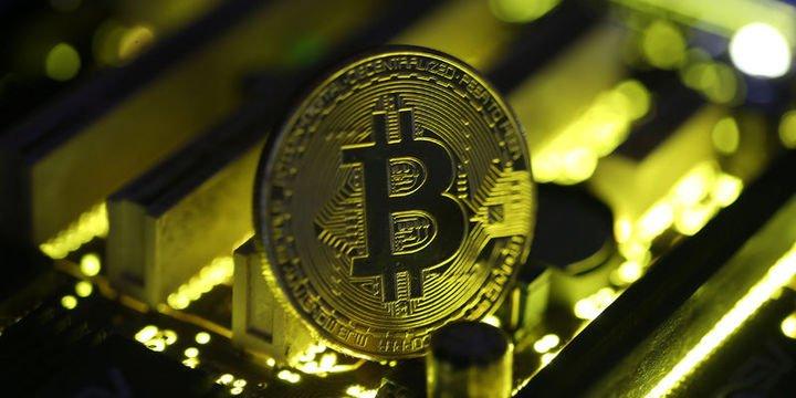 Bitcoin rekora doymuyor: 19,000 doları aştı