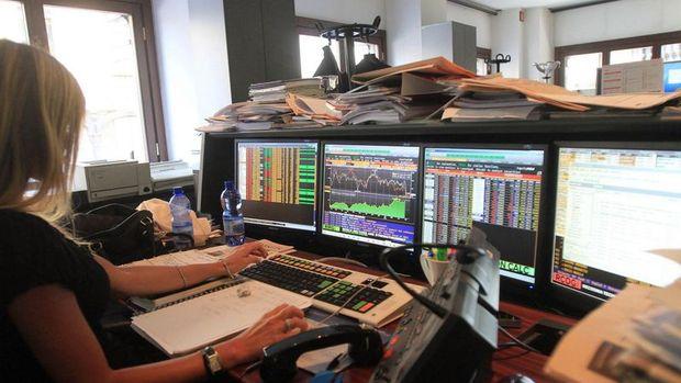 Küresel Piyasalar: Dolar güçlenmeye devam ediyor, hisseler yükseldi