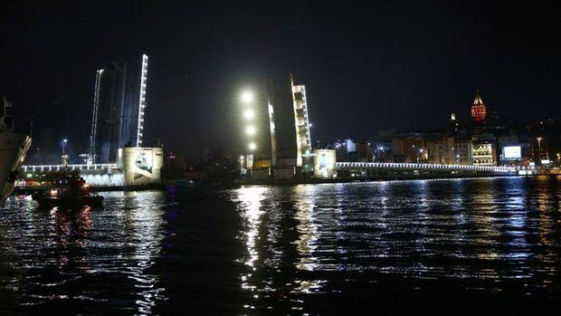 Atatürk ve Galata köprüleri bu gece trafiğe kapanacak