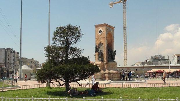 Taksim'de yılbaşı kutlaması olmayacağı açıklandı