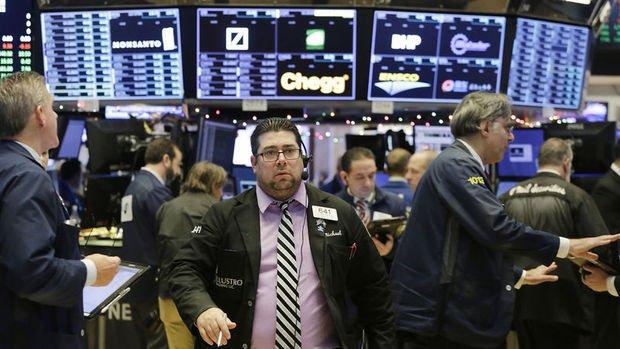 Yükselişle açılan ABD borsaları düşüşe geçti