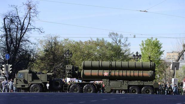 Rusya: S-400'lerde teslimatın 2019 sonu veya 2020 başında yapılacağını öngörüyoruz