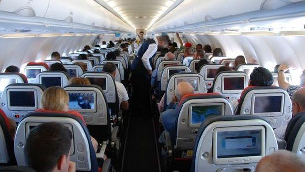 İngiltere çoğu Türkiye uçuşundaki elektronik eşya yasağını kaldırdı