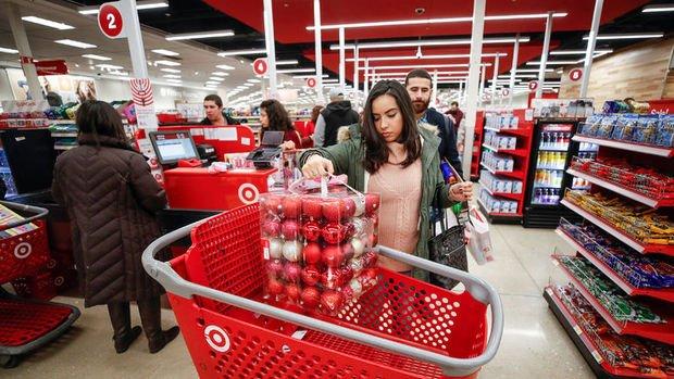 ABD'de kişisel harcamalar beklentiyi aştı