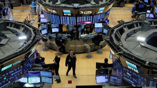 ABD borsaları Fed tutanakları öncesi rekorla açıldı