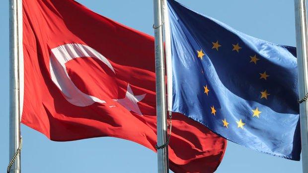 Almanya'da koalisyon Türkiye - AB müzakerelerinin sürmesini istiyor