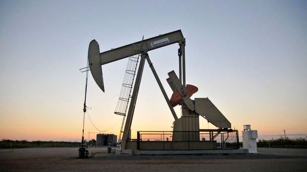 Petrol Irak'ın açıklaması ile 3 yılın zirvesi yakınında seyretti