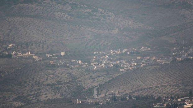 Afrin'de, siviller küçük gruplar halinde göçe başladı