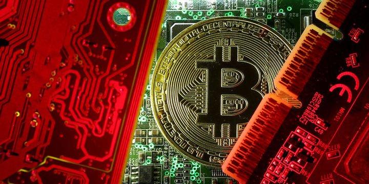 Bitcoin 10 bin doların altına gerileyebilir