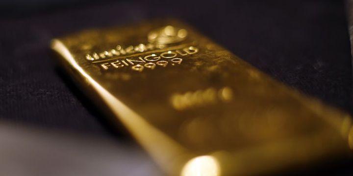 Altın hisse senetlerindeki ralli ile düştü