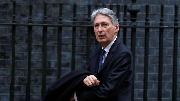 İngiltere/Hammond: Sterlinin şu anki seviyesinden memnunum