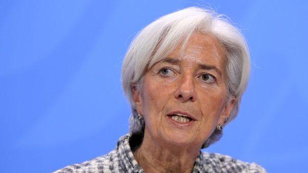 """Lagarde Mnuchin'in """"zayıf dolar"""" sözüne açıklık getirmesi çağrısında bulundu"""