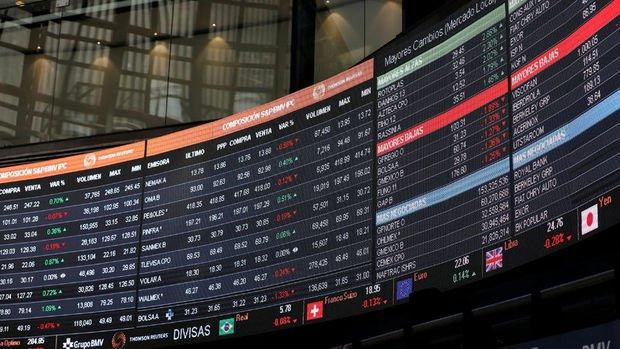 Küresel Piyasalar: Dolar hafifçe yükselirken hisse senetleri değer kazandı