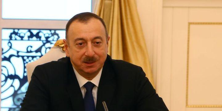 Azerbaycanda Cumhurbaşkanı seçimi erkene alındı