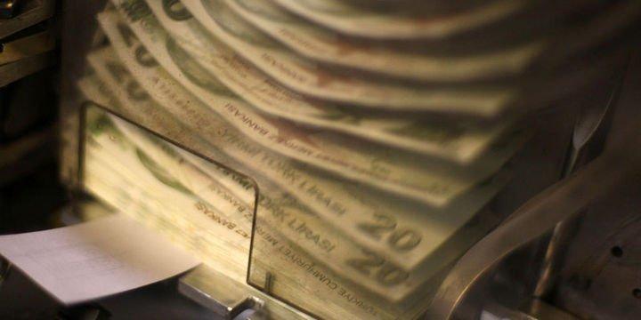 Hazine nakit dengesi 1.6 milyar TL açık verdi