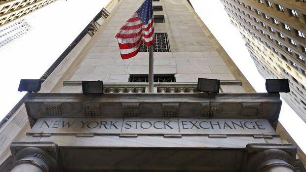S&P 500 ve Dow Jones Endeksleri yılbaşından bu yana kazançlarını sildi
