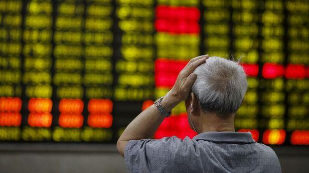 Çin ve Hong Kong hisselerinde çöküş sürüyor