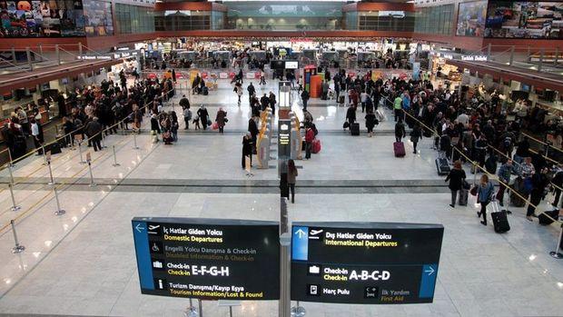 DHMİ: Türkiye'de yolcu sayısı Ocak'ta yıllık % 28.5 arttı