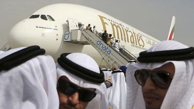 Emirates 20 Airbus A380 uçak almak için imza attı